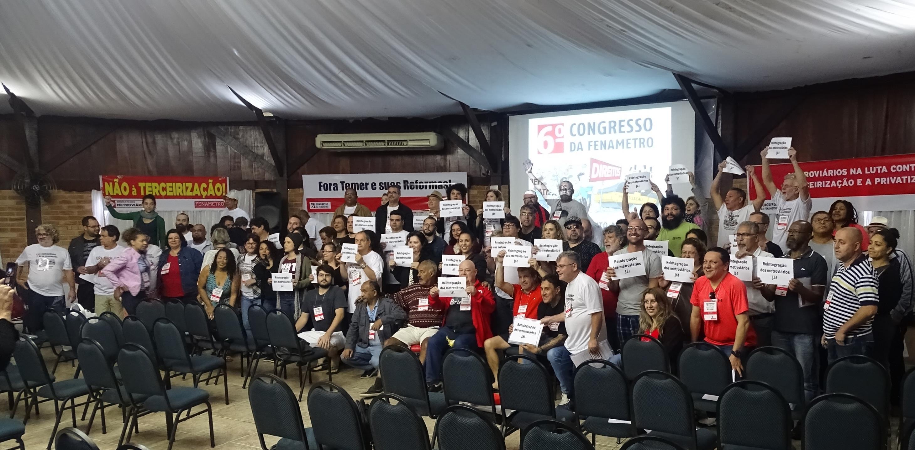 Metroviários de todo país pedem a reintegração dos metroviários demitidos
