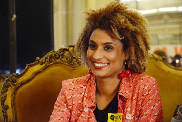 CORRECAO CREDITO RIO DE JANEIRO 24/10/2017 METROPOLE VEREADORA ASSASSINADA Vereadora Marielle Franco (PSOL RJ) durante Debate Público: Medidas Socioeducativas em Meio Aberto na Camara Municipal do Rio de Janeiro - A vereadora Marielle Franco (PSOL) foi assassinada a tiros, na noite desta quarta-feira (14), no bairro do Estácio, no Centro do Rio. O motorista, que guiava o carro, também foi baleado e morreu.  Foto:Mário Vasconcellos/CMRJ