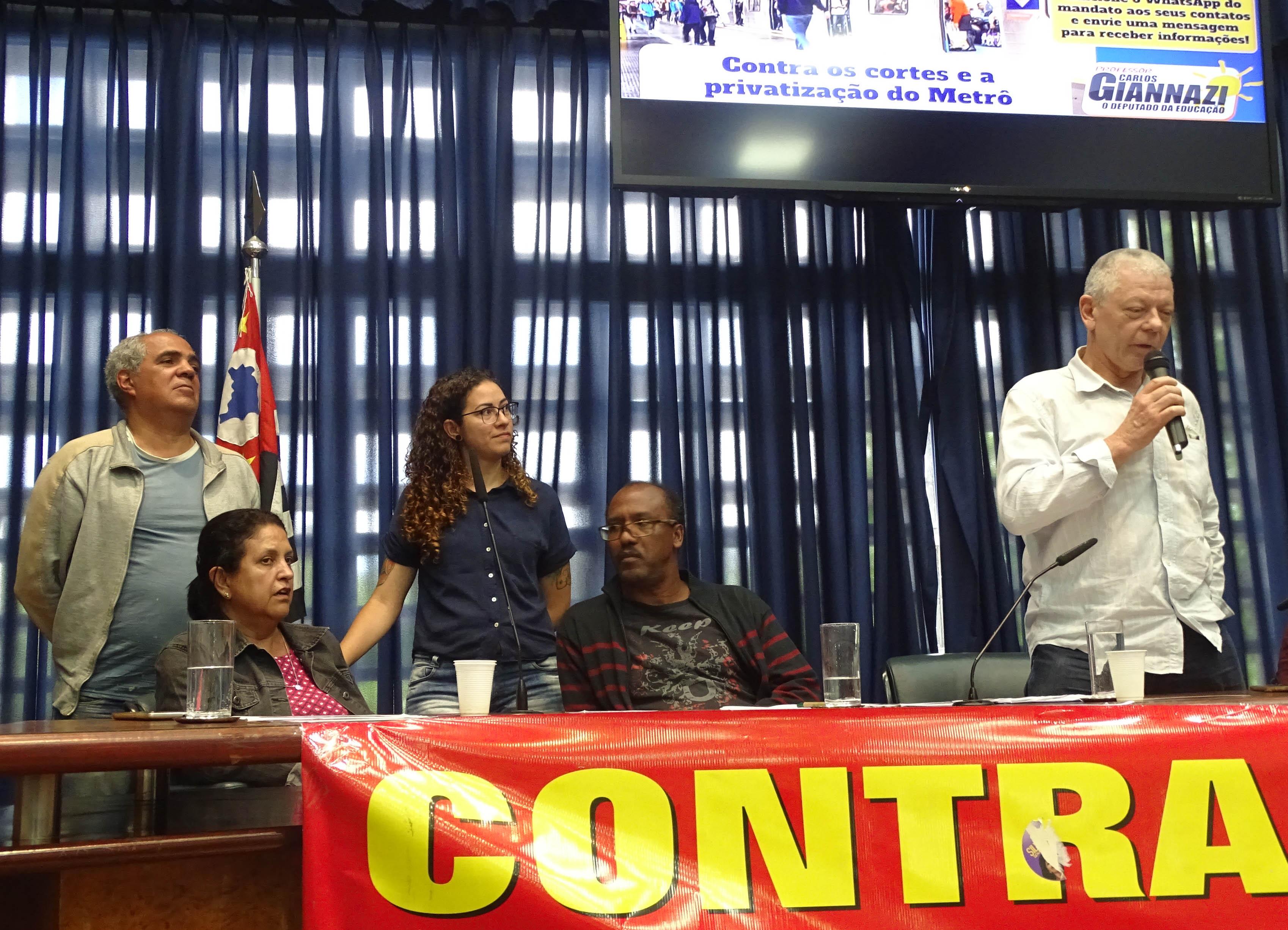 Representantes do Movimento Metrô Brasilândia Já!