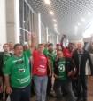 Metroviários do Rio de Janeiro fazem manifestação no aeroporto do Galeão